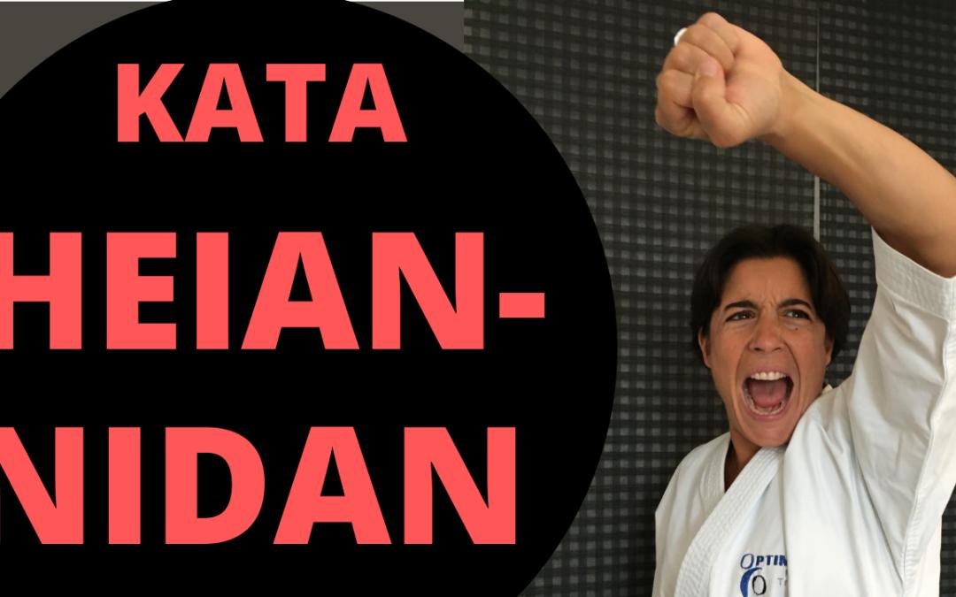 HEIAN NIDAN est le 2ème kata pour le passage de la ceinture noire -Jessica et Sabrina BUIL